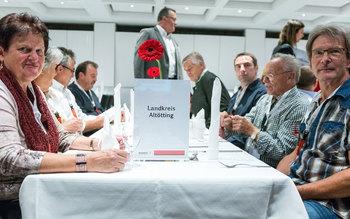 Landkreis Altötting - Blutspenderehrung Dingolfing 2017